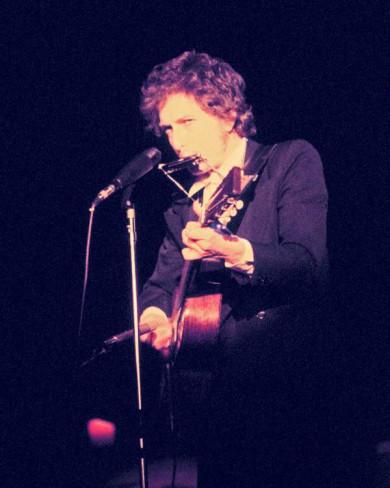 http://dylanesque.cowblog.fr/images/dylan/Dylan74color.jpg