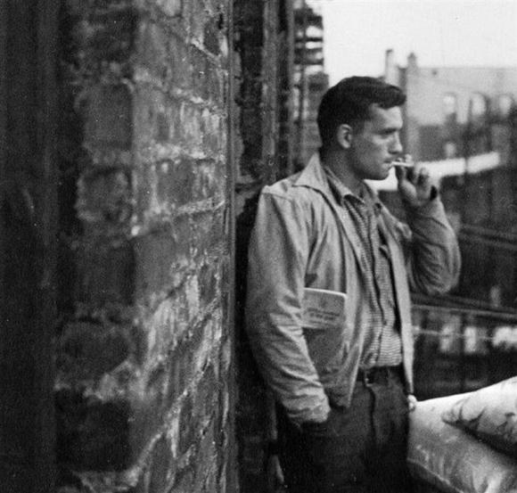 http://dylanesque.cowblog.fr/images/others/jackkerouac2114480244.jpg